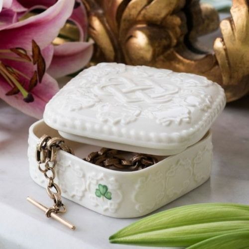 Belleek Love Knot Trinket Box